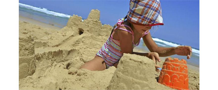 Playa y Piscina
