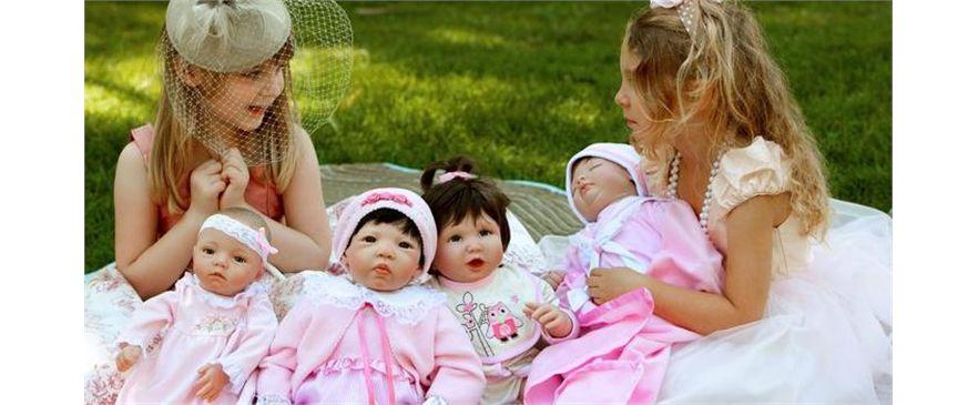 Muñecas y Bebés