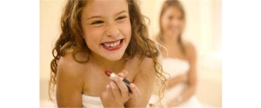Maquillaje y Bisutería